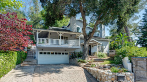 Sold! Move In Ready La Canada Home
